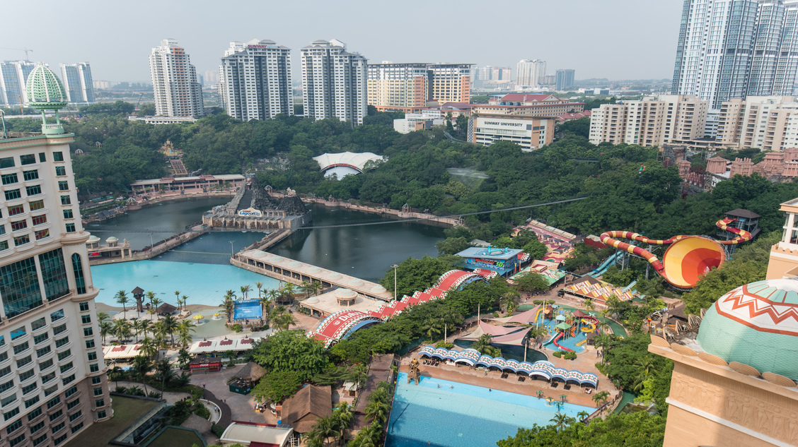 "<div class=""at-above-post addthis_tool"" data-url=""https://www.resortsuites.com.my/cn/room/executive-twin-studio/lagoon-view-2-2/""></div>Sunway Lagoon View<!-- AddThis Advanced Settings above via filter on get_the_excerpt --><!-- AddThis Advanced Settings below via filter on get_the_excerpt --><!-- AddThis Advanced Settings generic via filter on get_the_excerpt --><!-- AddThis Share Buttons above via filter on get_the_excerpt --><!-- AddThis Share Buttons below via filter on get_the_excerpt --><div class=""at-below-post addthis_tool"" data-url=""https://www.resortsuites.com.my/cn/room/executive-twin-studio/lagoon-view-2-2/""></div><!-- AddThis Share Buttons generic via filter on get_the_excerpt -->"