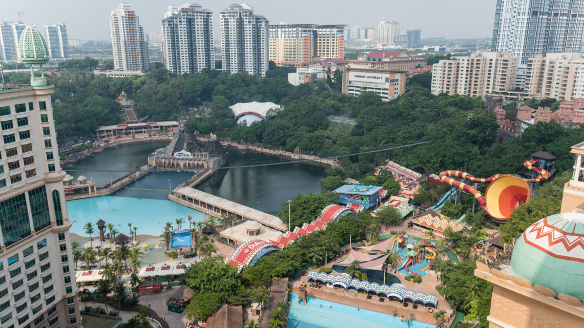 """<div class=""""at-above-post addthis_tool"""" data-url=""""http://www.resortsuites.com.my/cn/room/executive-king-studio-with-lagoon-view/lagoon-view-2-3/""""></div>Sunway Lagoon View<!-- AddThis Advanced Settings above via filter on get_the_excerpt --><!-- AddThis Advanced Settings below via filter on get_the_excerpt --><!-- AddThis Advanced Settings generic via filter on get_the_excerpt --><!-- AddThis Share Buttons above via filter on get_the_excerpt --><!-- AddThis Share Buttons below via filter on get_the_excerpt --><div class=""""at-below-post addthis_tool"""" data-url=""""http://www.resortsuites.com.my/cn/room/executive-king-studio-with-lagoon-view/lagoon-view-2-3/""""></div><!-- AddThis Share Buttons generic via filter on get_the_excerpt -->"""